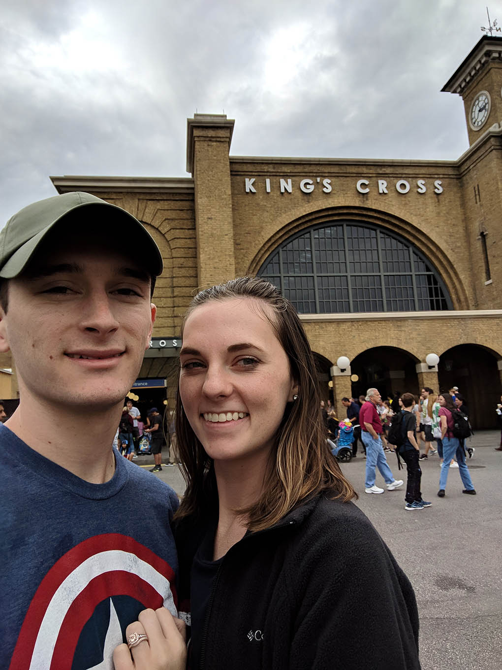 A very Potter Thanksgiving selfie by King's Cross Station