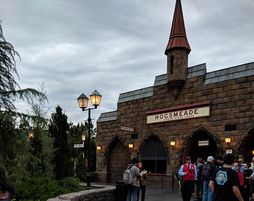 A very Potter Thanksgiving Hogsmeade Train Station