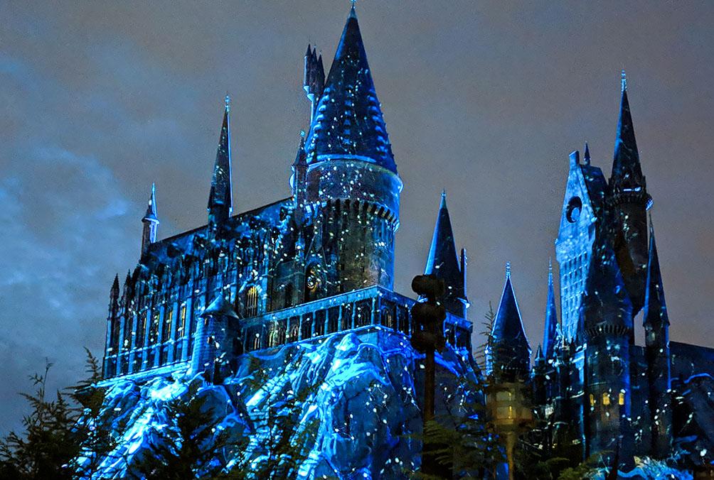 A very Potter Thanksgiving Hogwarts Snow