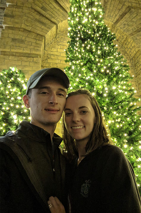 A very Potter Thanksgiving Alex and Cait Christmas tree selfie