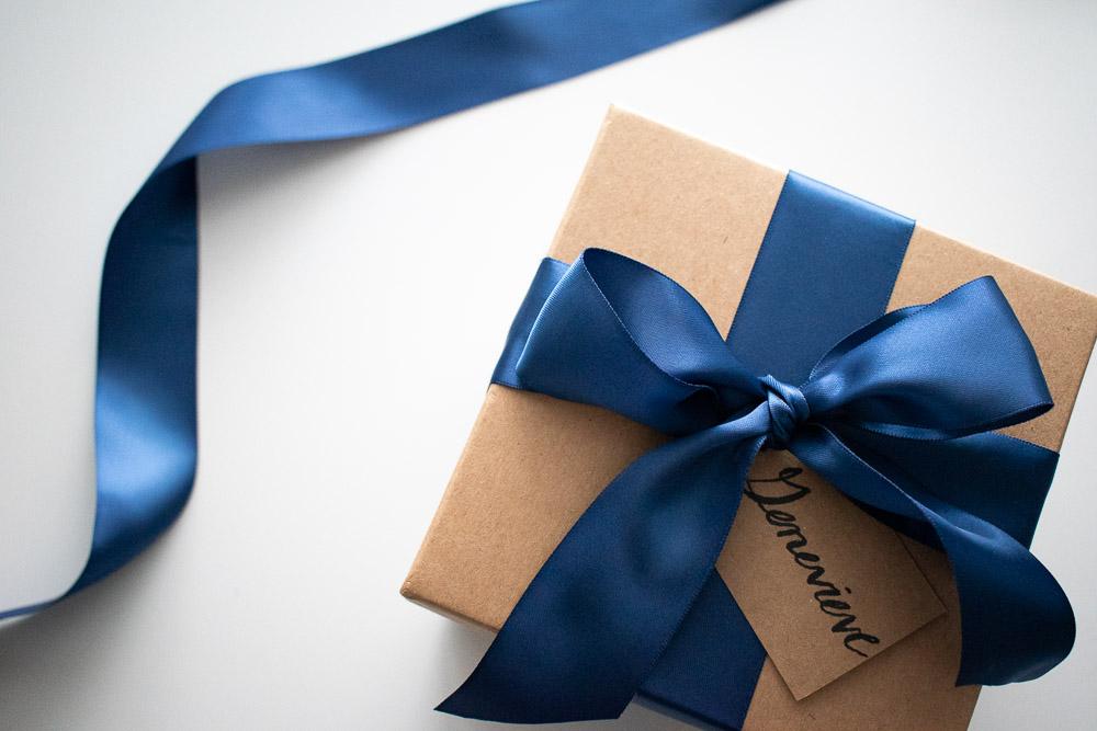 DIY Bridesmaid Proposal Box with Tag
